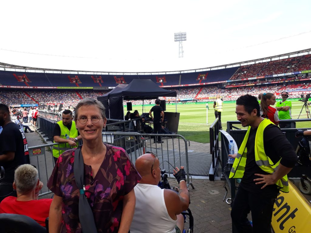 Hanneke Dijkman, werkgeluk , coach, zenleraar, Rotterdam Zuid, New Options foto De Kuip Feijenoord