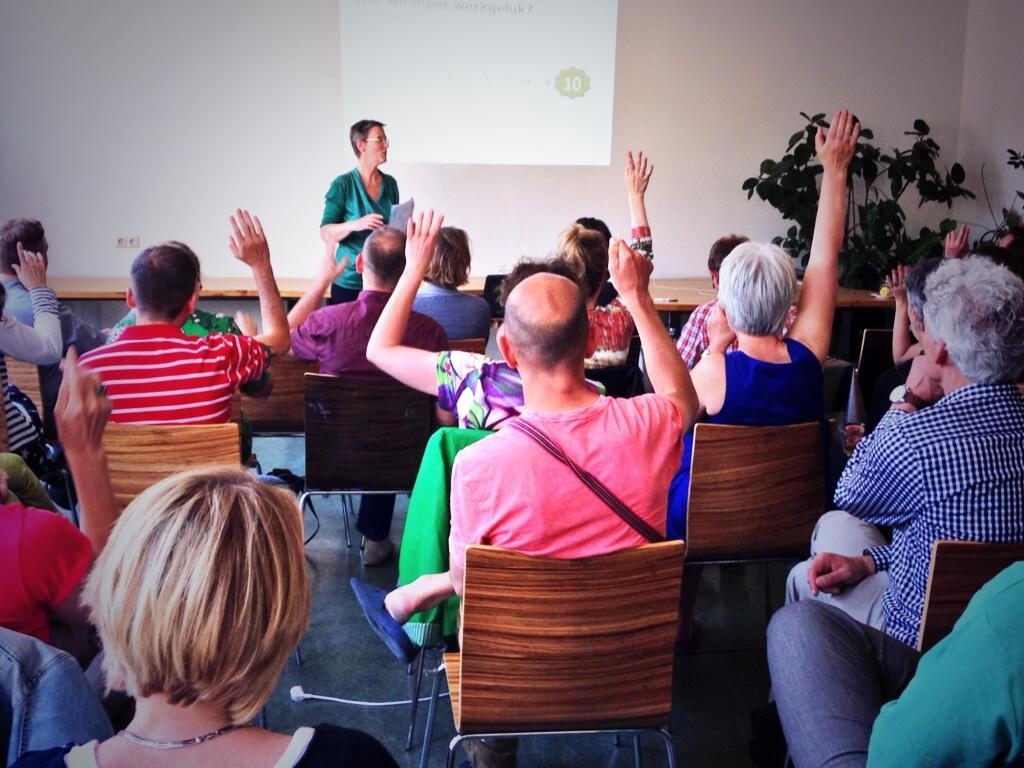 Werkgeluk, leerdoelen, voice dialogue, Rotterdam-Zuid, TED X Hanneke met publiek